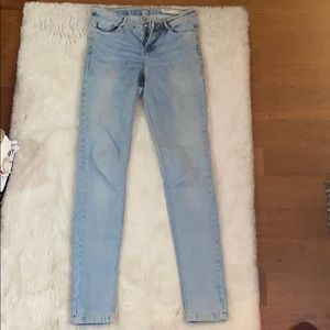 Zara mid rise light wash jeans